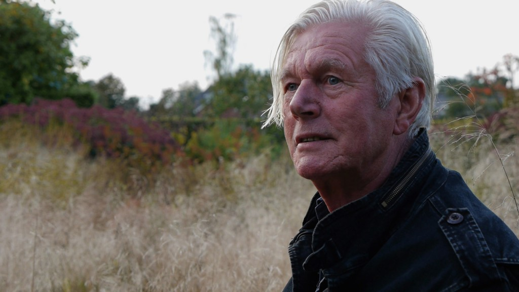 Piet Oudolf in his gardens at Hummelo in the fall.